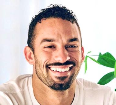 Xavier Gomes 380-345